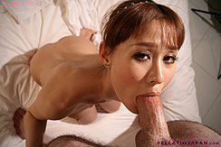 Performing Oral Sex Sucking Thick Cock