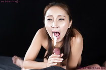 Hoshikawa Uika holding spent cock cum dripping from her lips