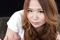 Auburn haired Matsumoto Rena giving handjob cum over hands