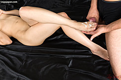 Shooting Cum Over Her Bare Foot