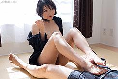 Akari Misaki Rubbing Spent Cock Between Her Bare Feet