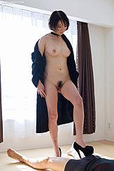 Akari Misaki Removing Robe Short Hair Pert Breasts Naural Bush In Heels Giving Footjob