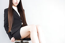 Office lady Rio Kamimoto giving footjob with bare feet