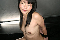 Kozue Maki deep throating cock on her knees with hands bound
